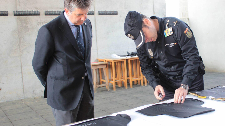 Los puestos clave de la polic a nacional vacantes por la for Ministerio de interior policia nacional
