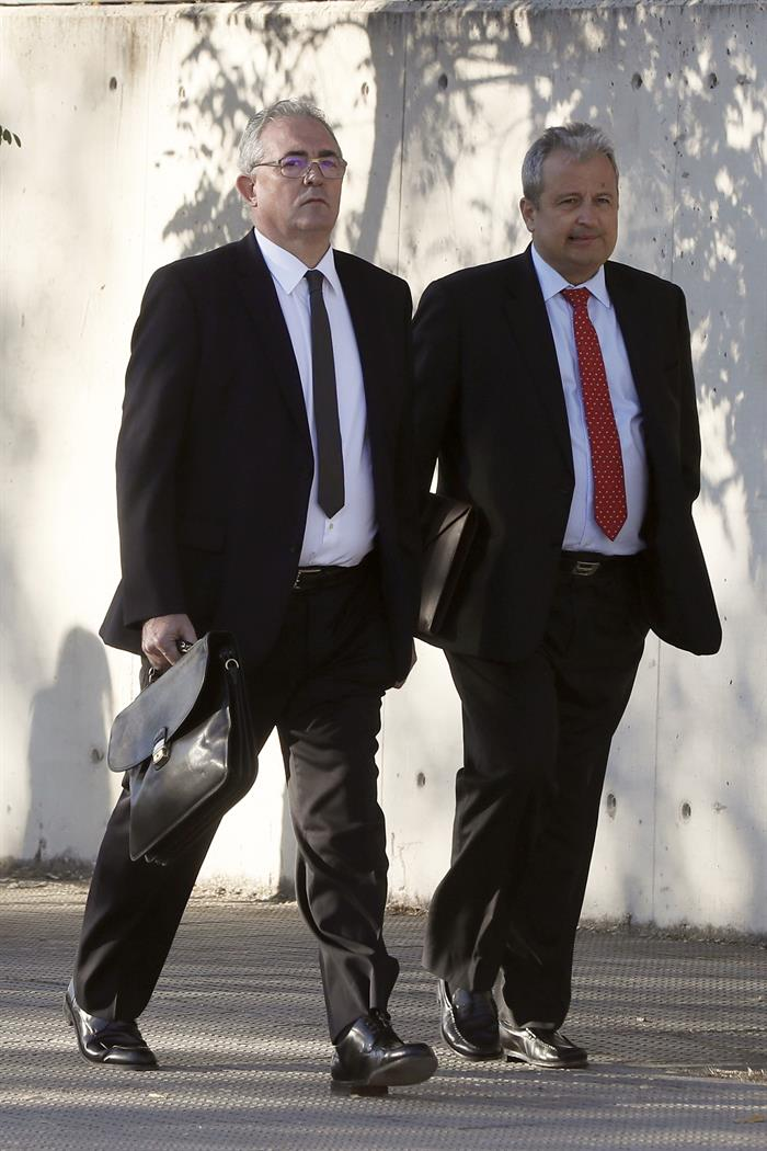 Verdú dinamita la defensa de Rato y le acusa de crear las retribuciones opacas en Bankia