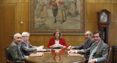 Reunión de la ministra de Empleo, Fátima Báñez, con los agentes sociales.