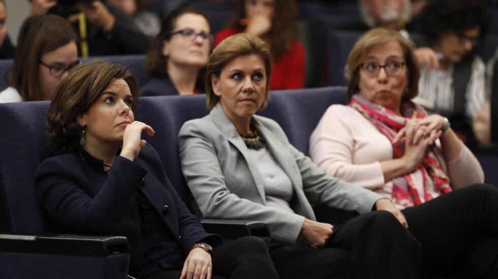 Soraya Sáenz de Santamaría y María Dolores de Cospedal.
