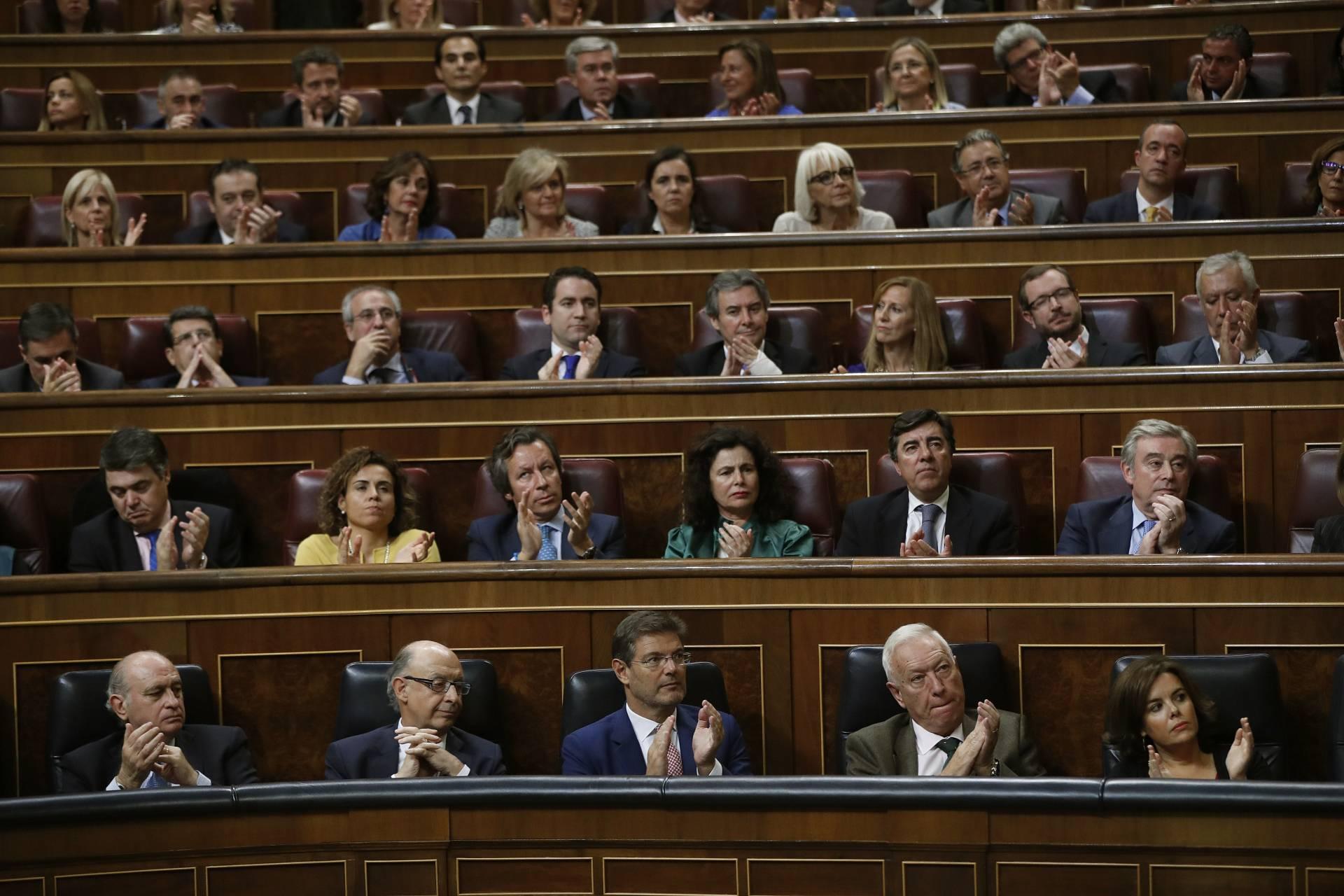 Banco de ministros del PP en el Congreso