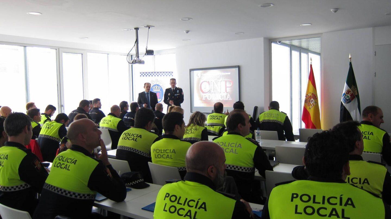 Reunión de policías locales.