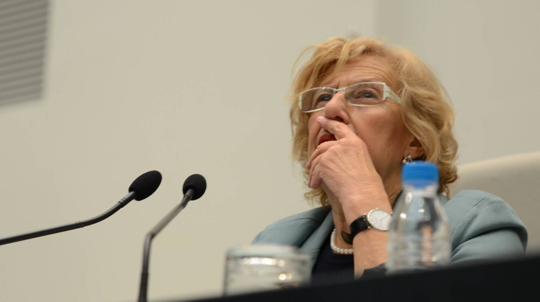 La alcaldesa de Madrid, Manuela Carmena, durante un pleno del Ayuntamiento.