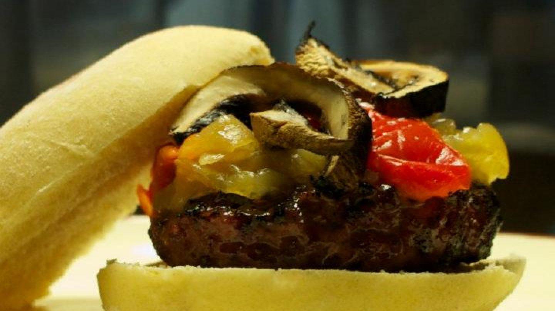 Las hamburguesas de La Burg se elaboran con carne de buey.