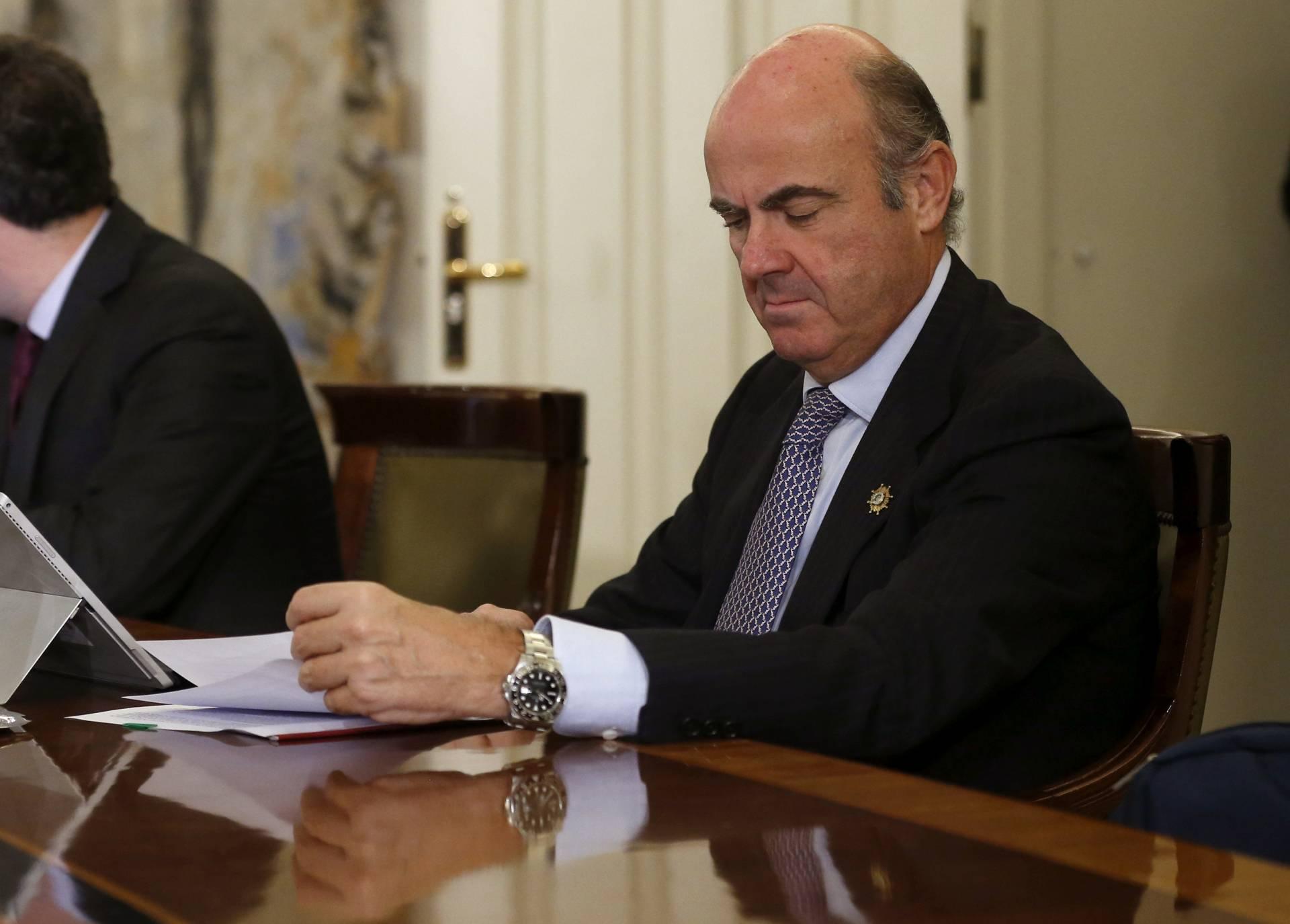Pp y psoe pactan que la banca decida c mo devolver las for Bancos devolver clausulas suelo