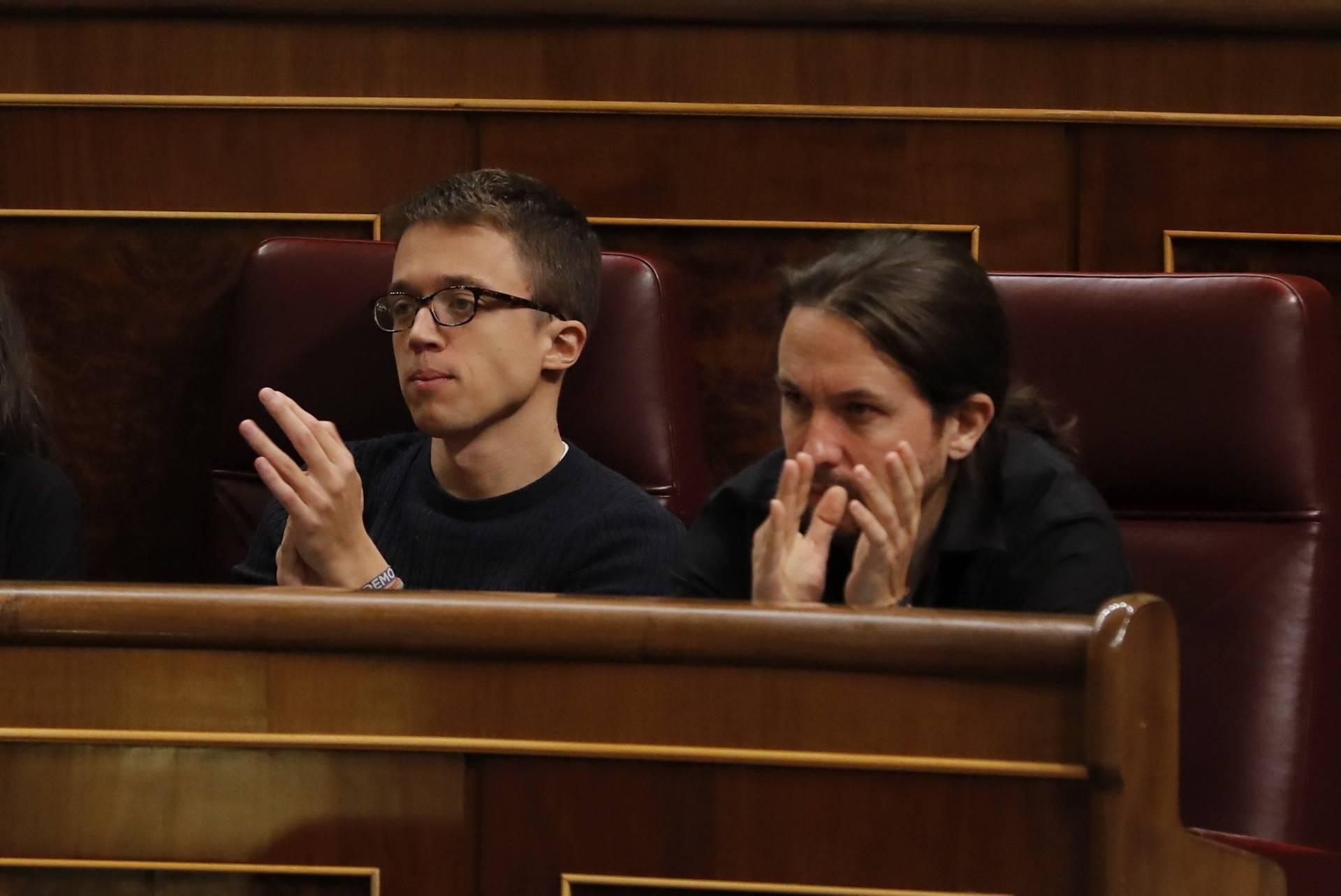 El líder de Podemos, Pablo Iglesias, junto a su 'número dos', Íñigo Errejón.