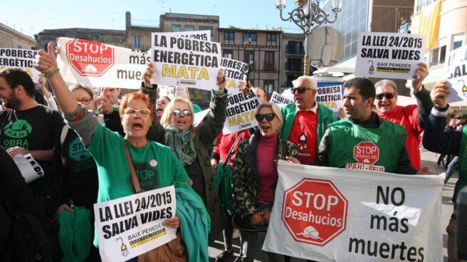 Vecinos de Reus, en una manifestación contra la pobreza energética convocada el miércoles pasado.
