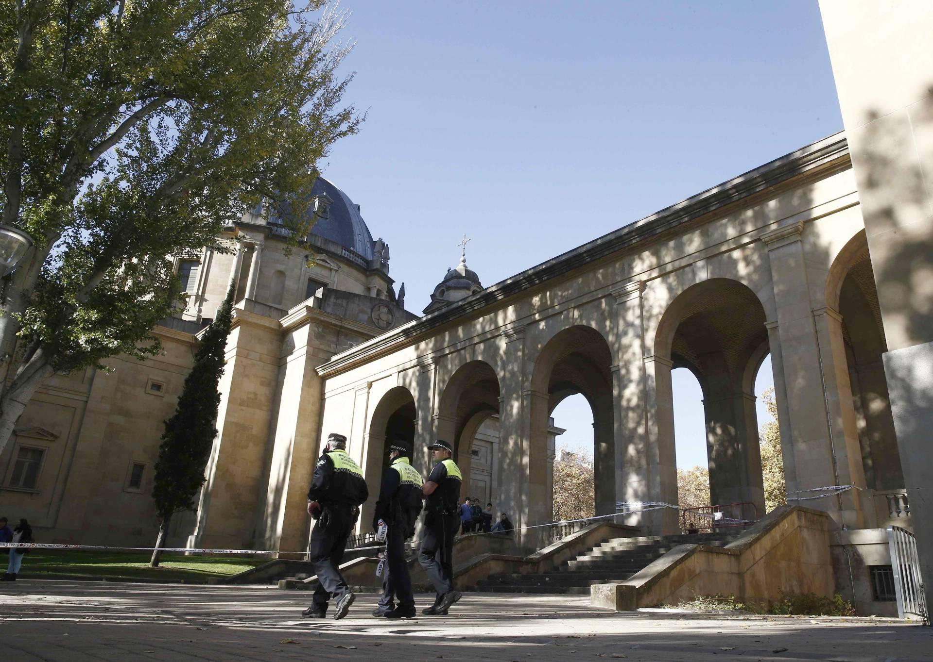 Monumento a los caidos de Pamplona.