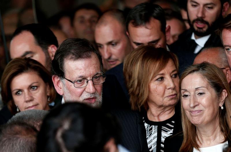 Mariano Rajoy, Celia Villalobos, María Dolores de Cospedal y Ana Pastor, en el funeral de Rita Barberá.