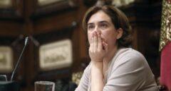 La alcaldesa de Barcelona, Ada Colau, durante una sesión del parlamento de la Ciudad Condal.