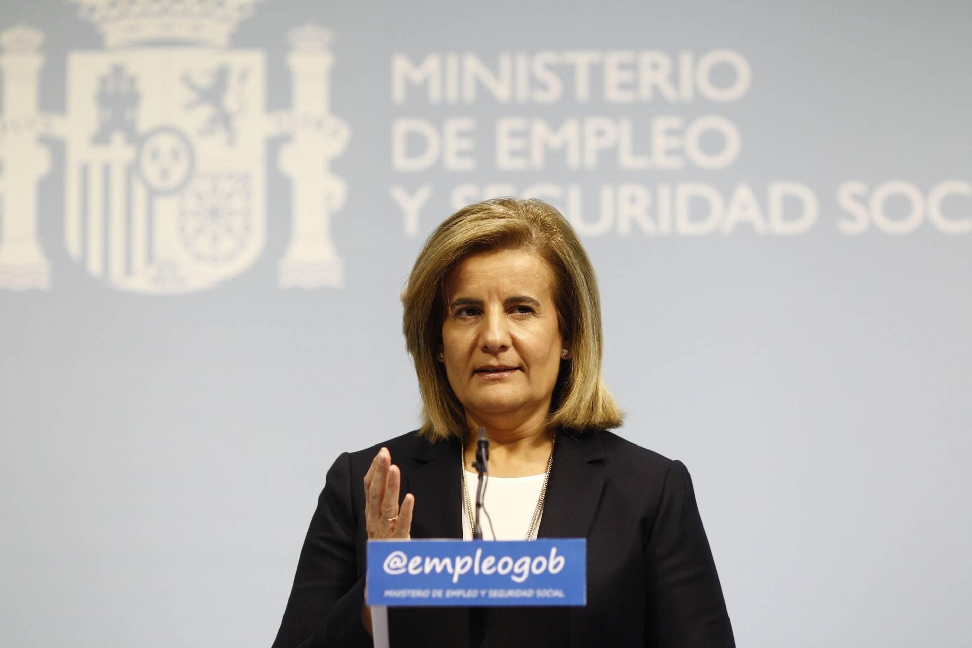 Fátima Báñez, ministra de Empleo cuando se concedieron las ayudas investigadas ahora por el Tribunal de Cuentas.