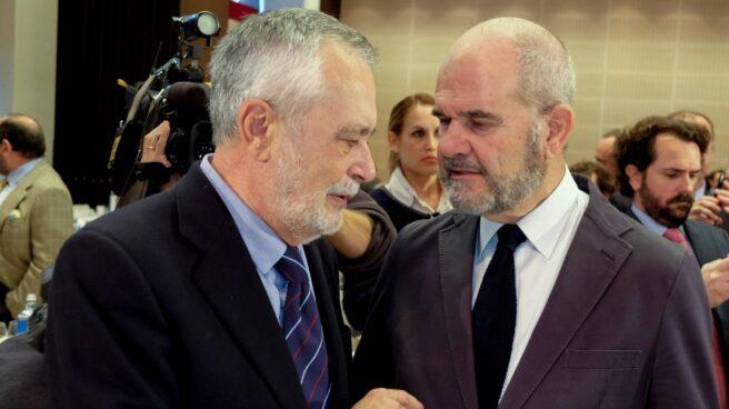 José Antonio Griñán y Manuel Chaves, ex presidentes de la Junta de Andalucía y procesados en la pieza política del 'caso ERE'.