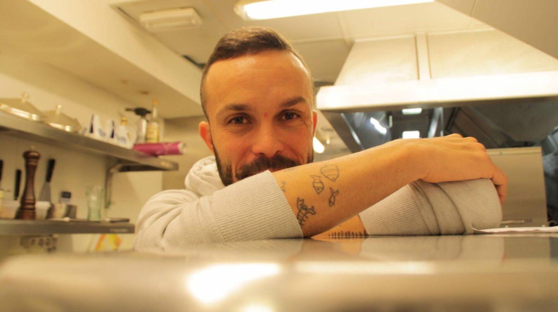 El chef Iván Domínguez nos enseña la cocina de Ánima.