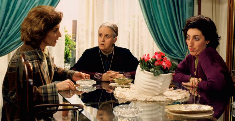 En 'La flor de mi secreto' (1995) Pedro Almodóvar presenta su lado más sensible.