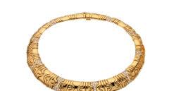 Collar 'Parentesi' de Bulgari (1982) en oro de 18 quilates y diamantes.