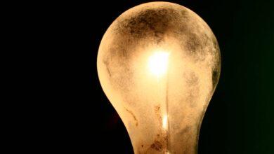 Más de 5.000 familias por semana piden la rebaja de luz para hogares pobres durante el estado de alarma