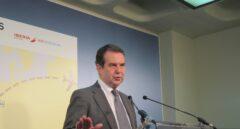 El Gobierno cuestiona a Abel Caballero tras el fiasco del superávit de los ayuntamientos