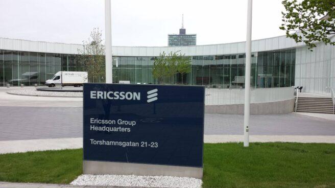 Entrada de la sede de Ericsson en Estocolmo, Suecia.