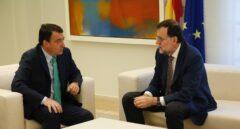 El portavoz del PNV en el Congreso, Aitor Esteban, junto a Mariano Rajoy el pasado mes de julio.