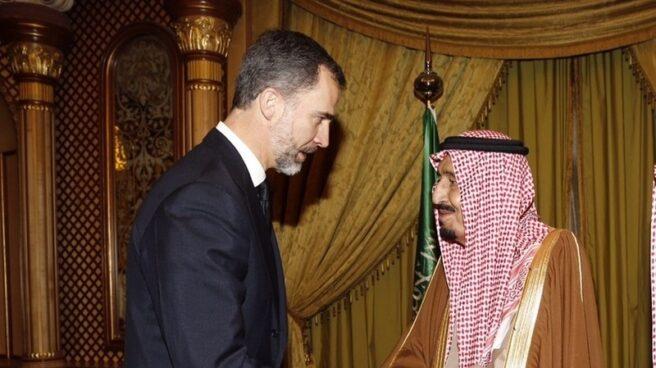Felipe VI en el único viaje que ha hecho hasta ahora a Arabia Saudí, en enero de 2015, con motivo de la muerte del rey Abdalá bin Abdulaziz.