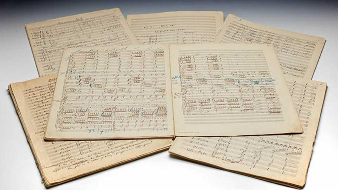Partitura de la Sinfonía número 2 de Mahler.