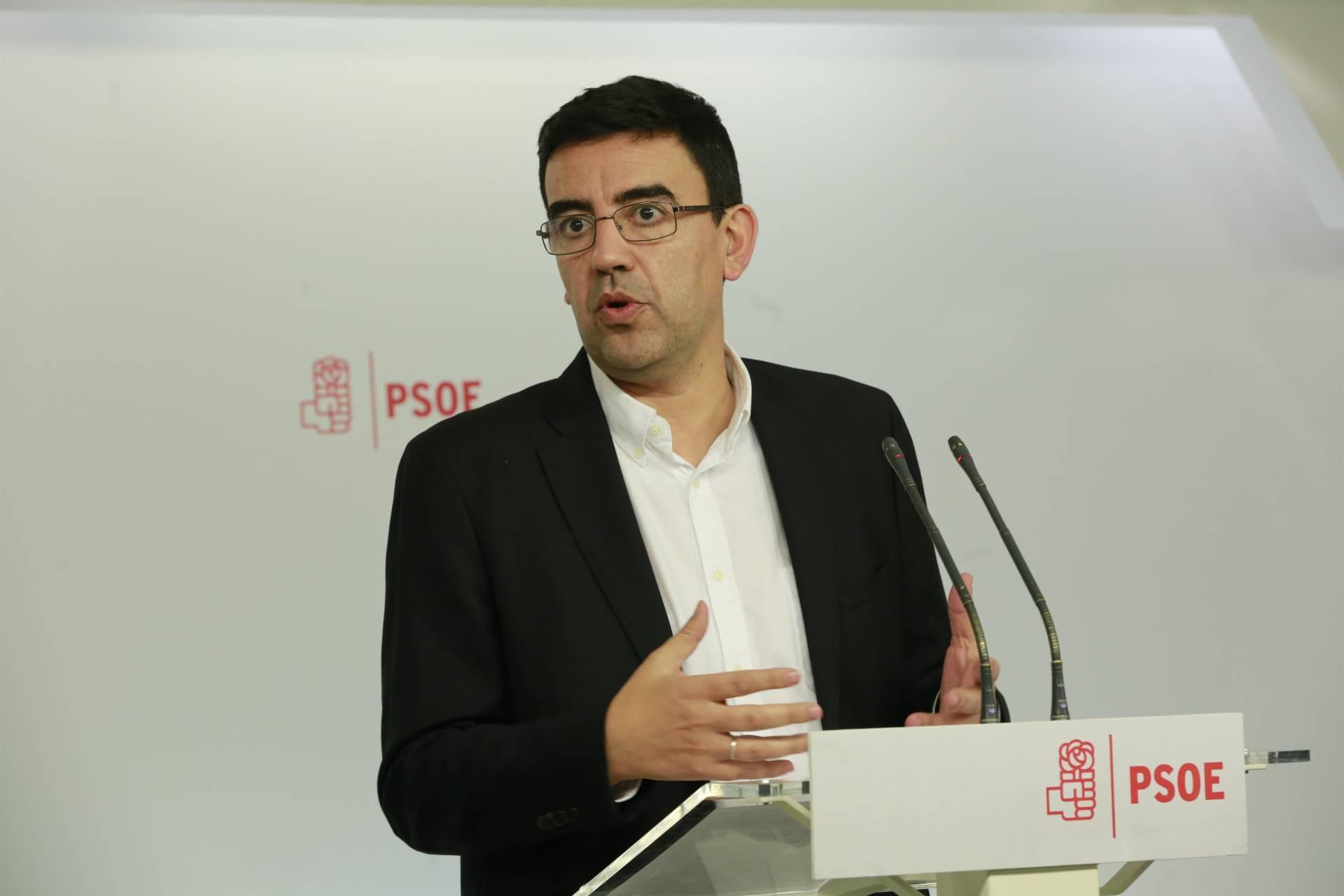 El portavoz de la gestora socialista, Mario Jiménez, este jueves en Ferraz.