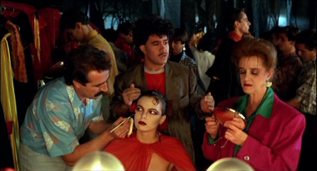 Los dramas criminalísticos también inspiraron al manchego en 'Matador' (1986).