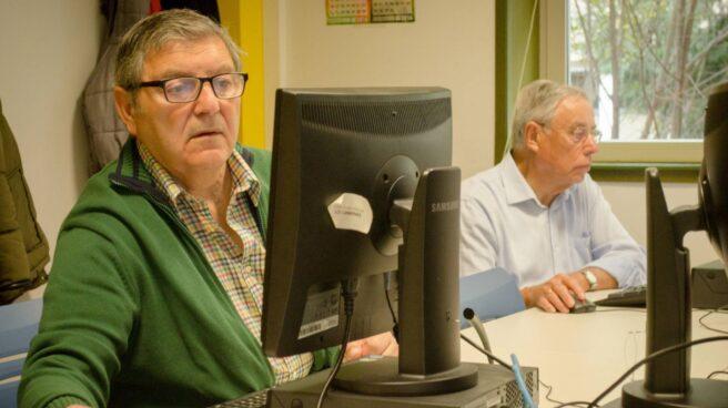 La Comisión Permanente da vía libre al subsidio para mayores de 52 años.