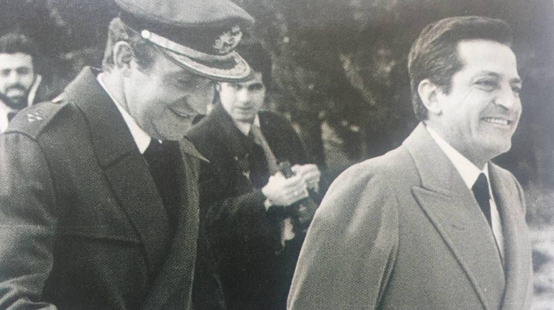 El rey emérito Juan Carlos I y Adolfo Suárez.