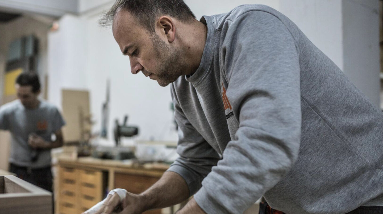 Los trabajadores cobran en España 9,1 euros por hora menos que en la Eurozona.