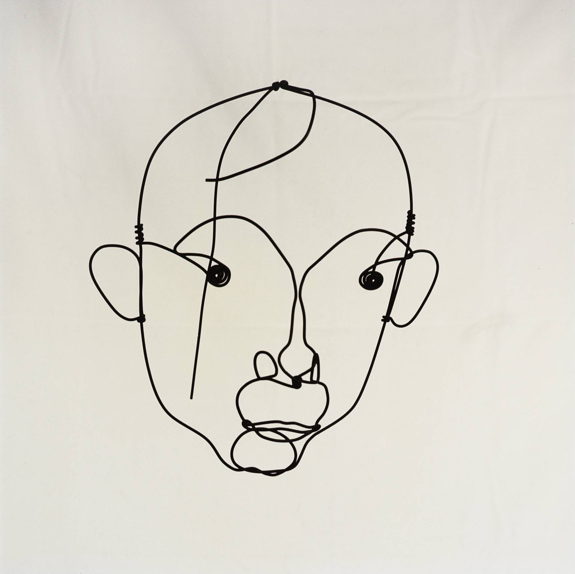 'Retrato de Joan Miró' (1950), de Alexander Calder. Alambre de acero.