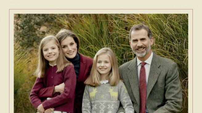 La foto que adjunta la Casa Real junto a su felicitación navideña.