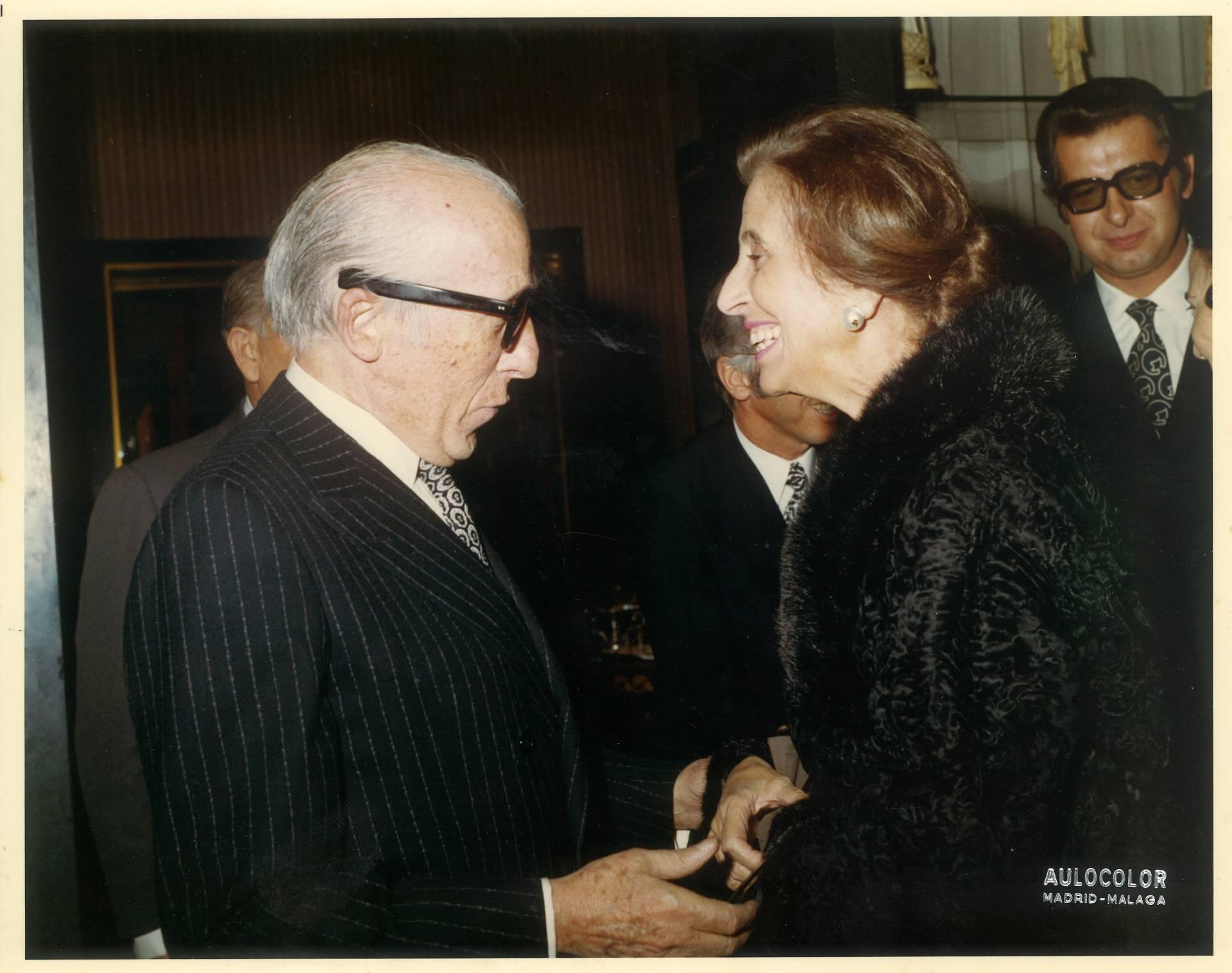 Alejandro Grassy con Carmen Polo.