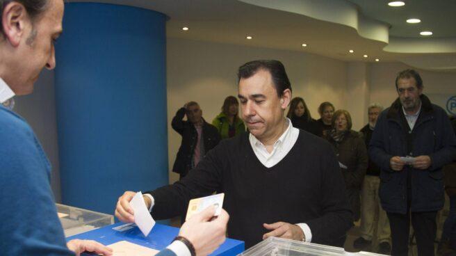 Fernando Martinez-Maillo vota el sábado en las elecciones de compromisarios de Zamora.