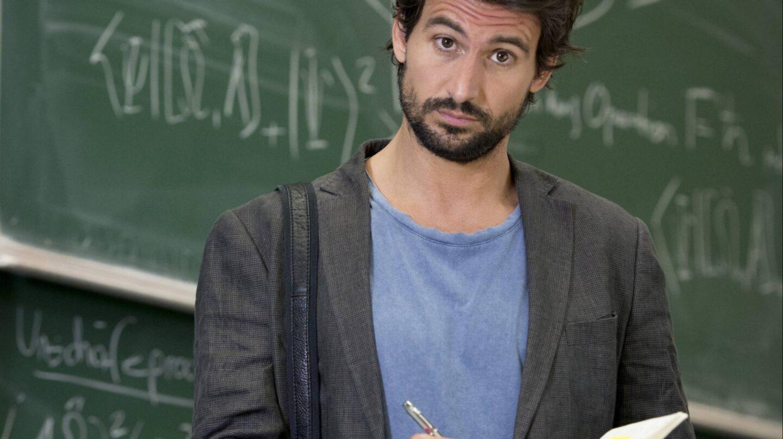 Tom Beck protagoniza la serie Einstein.