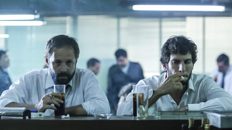 Patxi Freitez y Quim Gutiérrez, en una escena de 'El padre de Caín'.