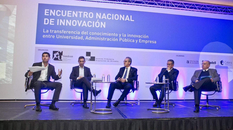 Los ponentes, durante un momento del I Encuentro Nacional de Innovación.