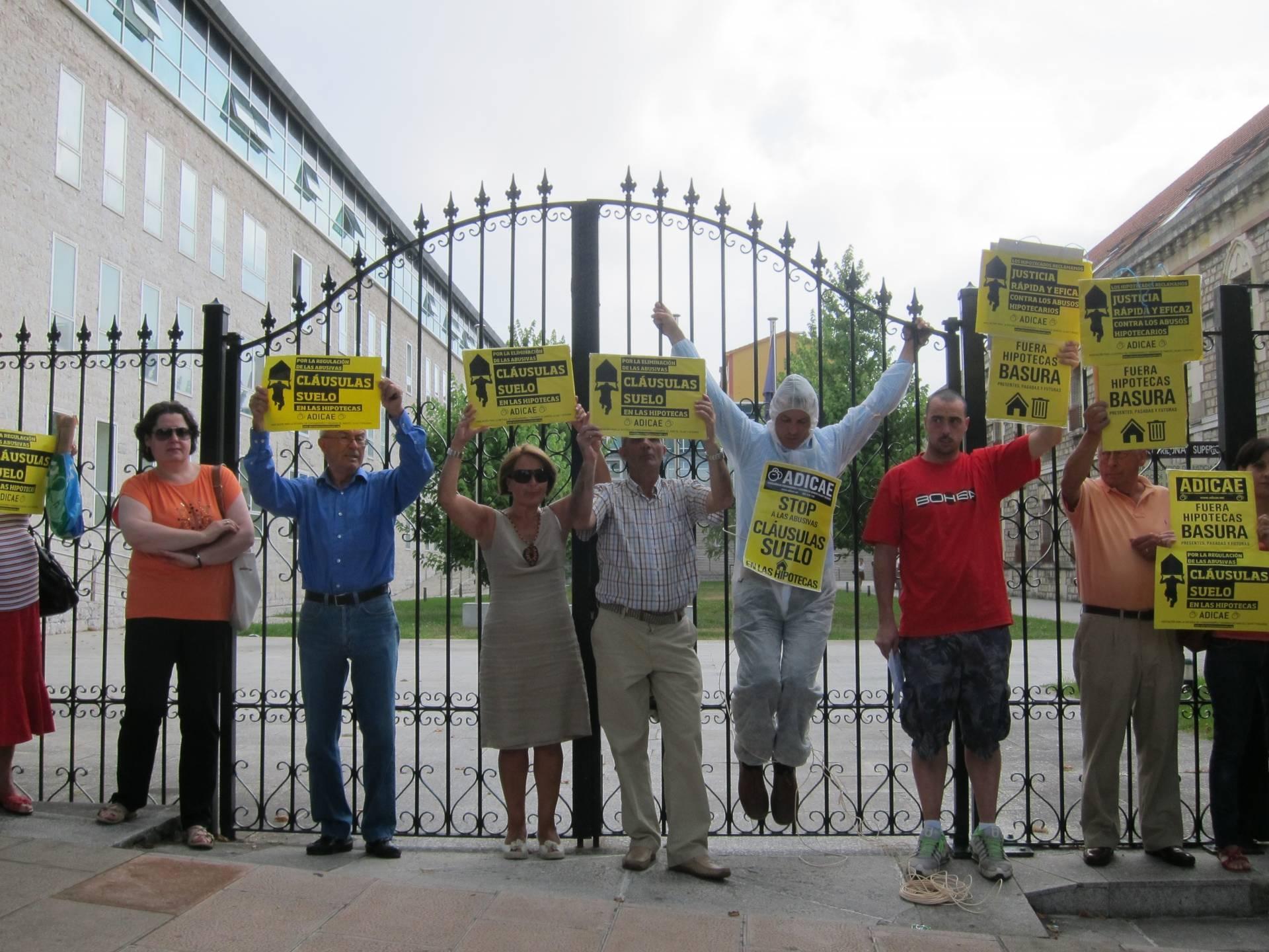 Protesta contra las clausulas suelo