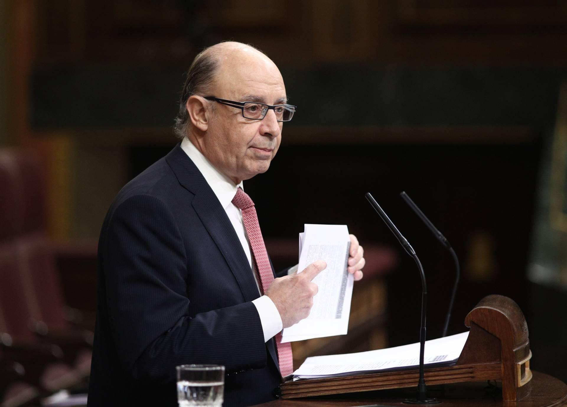 El ministro de Hacienda, Cristóbal Montoro, durante el debate del techo de gasto para 2017.