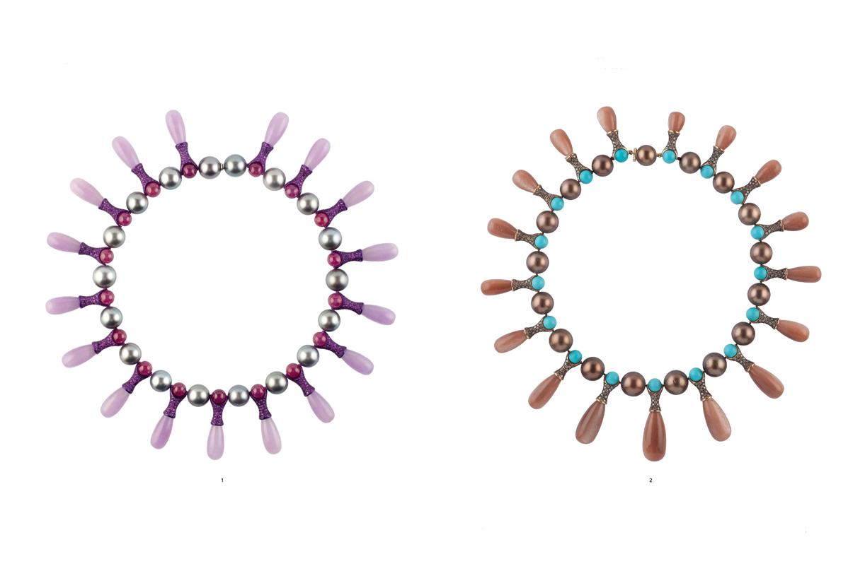 Dos modelos del collar 'Caramelo' (2007-2015).