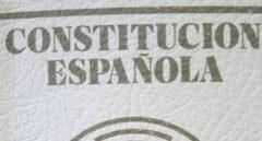 Un ejemplar de la Constitución Española editada por Civitas.