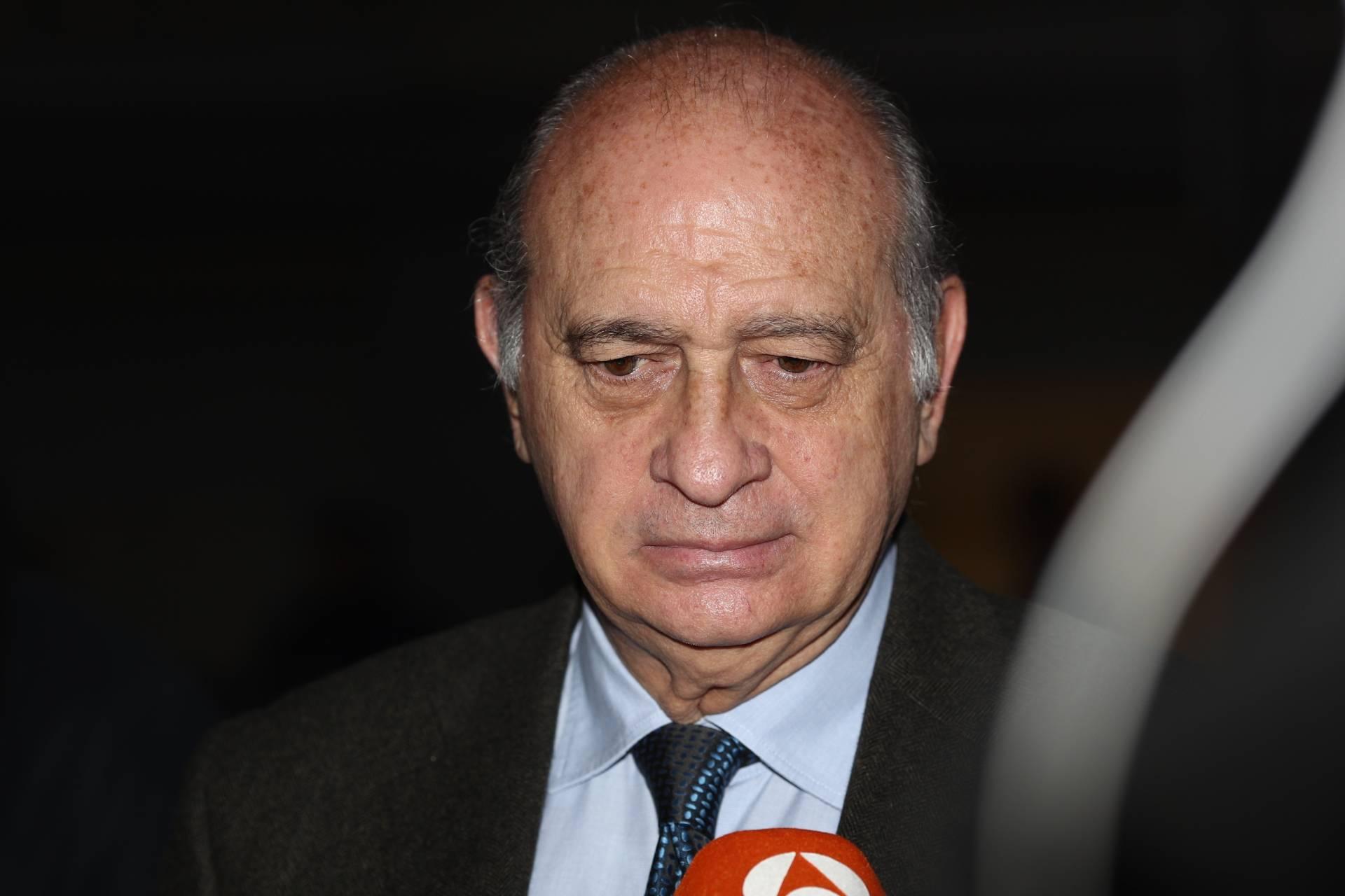 Ingresado por un infarto el ex ministro de interior jorge for El ministro de interior