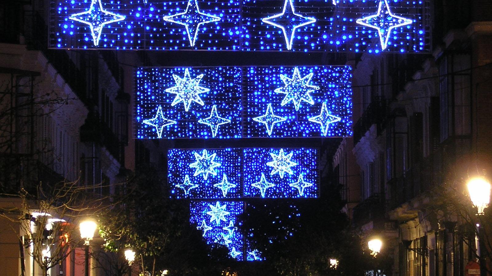 Luces de Navidad en el Barrio de las Letras de Madrid