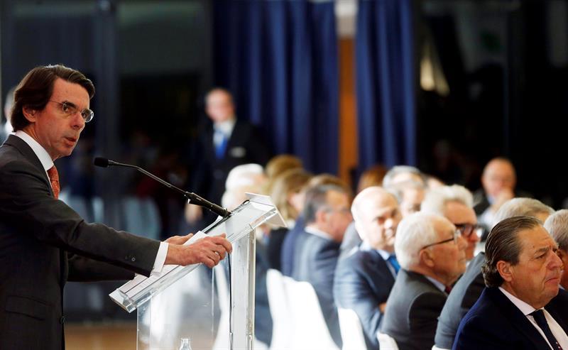 El ex presidente del Gobierno, José María Aznar, durante su intervención en Valencia.