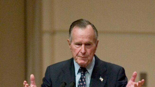 El ex presidente George H. W. Bush.