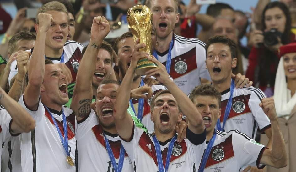 Los jugadores de Alemania celebran su victoria en la final del Mundial de Brasil de 2014.