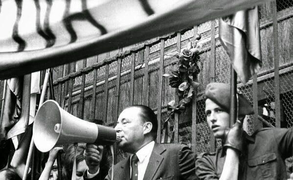 Blas Piñar con el asesino-Carlos Garcia Juliá en 1977