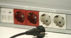 Las eléctricas tendrán que informar a millones de clientes si pueden pagar menos con otra tarifa de luz