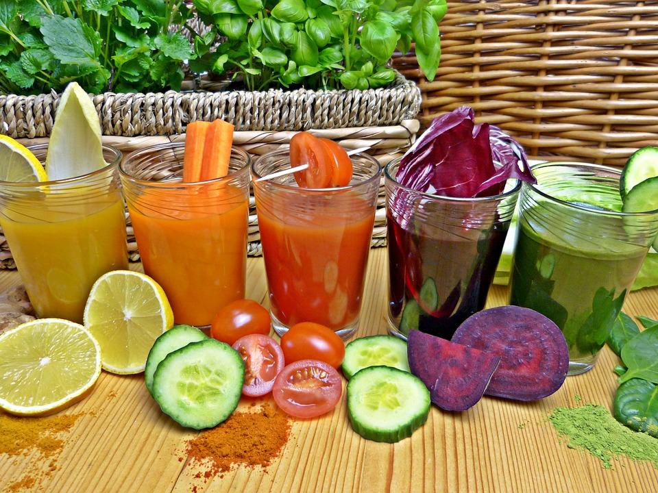 Los zumos 'detox' ayudan a eliminar las toxinas que acumula nuestro organismo.