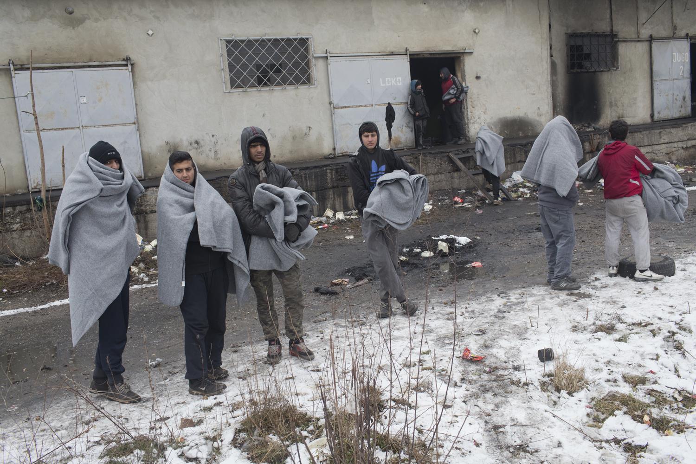 El pasado fin de semana, el termómetro bajó hasta los 16 grados bajo cero en Belgrado, donde el número de refugiados alcanzó los 2.000.